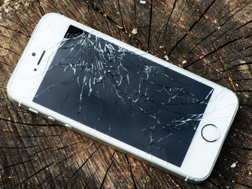 В чем разница между заменой экрана и заменой стекла на айфоне?